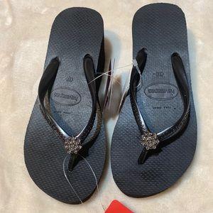 Havaianas sandals with swarovski crystals size 6